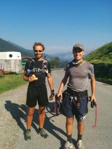 """Gleich und gleich gesellt sich gern: zwei """"Verrückte"""" bei der Alpenüberquerung."""
