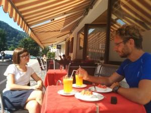 Zwischenstopp #2: Café Reiserer in Klausen mit Interview mit dem SDF.