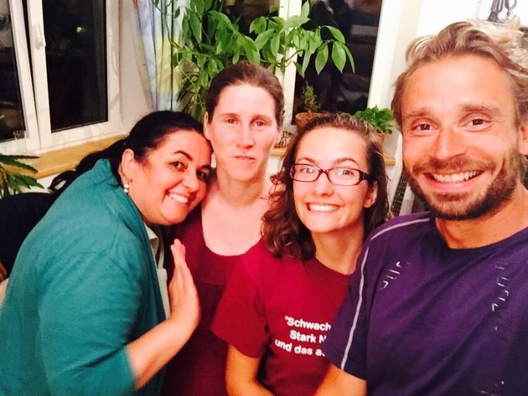 Danke an Silvia fürs Couchsurfing in Innsbruck und Doris fürs Essen und die Massage.